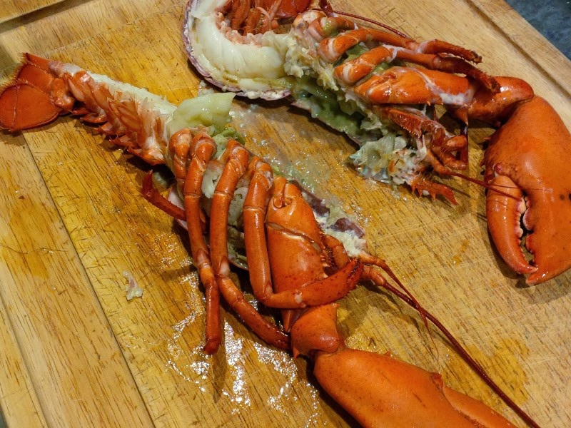 how to cut lobster for cooking