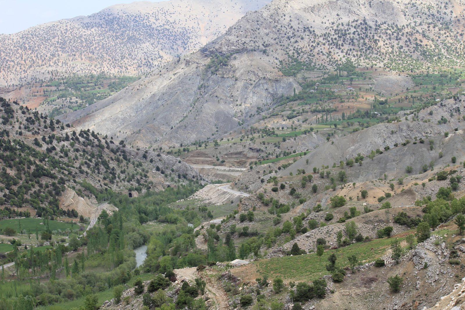Un petit v lo dans la t te turquie anatolie du sud est nurhak golba i du 10 - Dormir tete au sud est ...