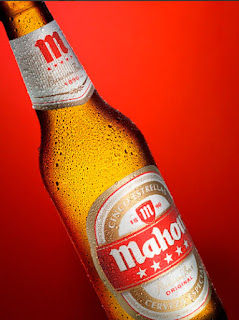 Botella Mahou Foto publicitaria