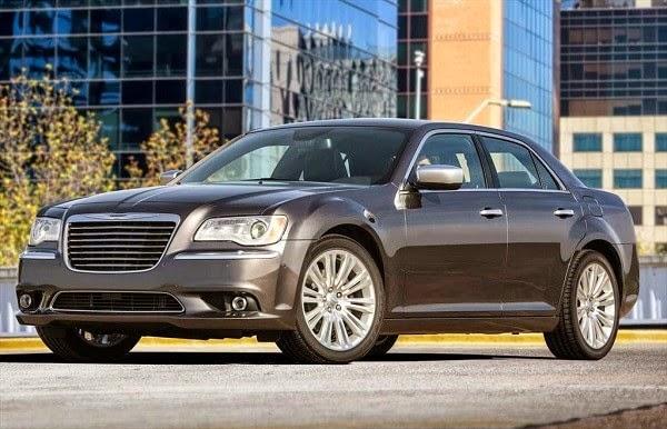 Chrysler 300C Critica