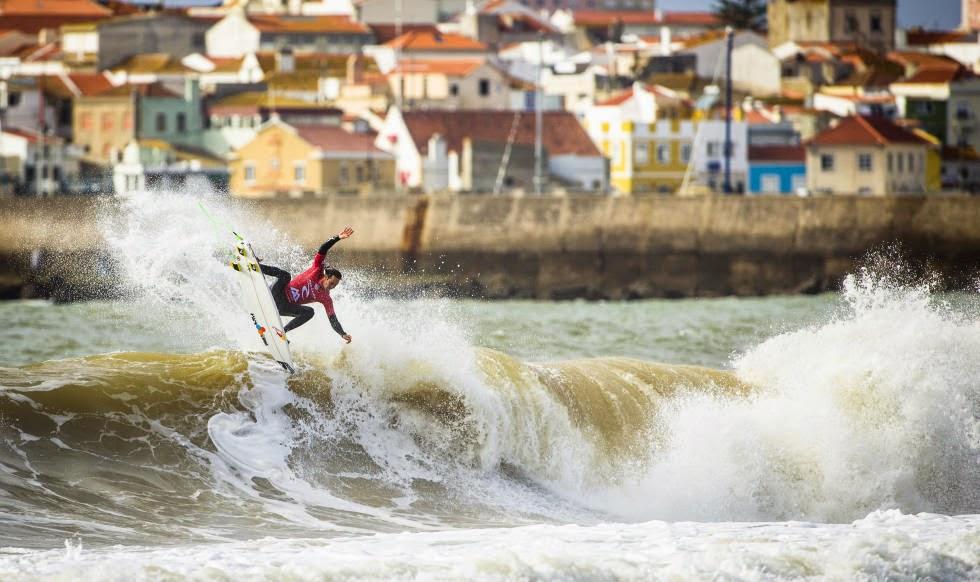 30 2014 Moche Rip Curl Pro Portugal Jordy Smith ZAF Foto ASP Damien%2B Poullenot Aquashot