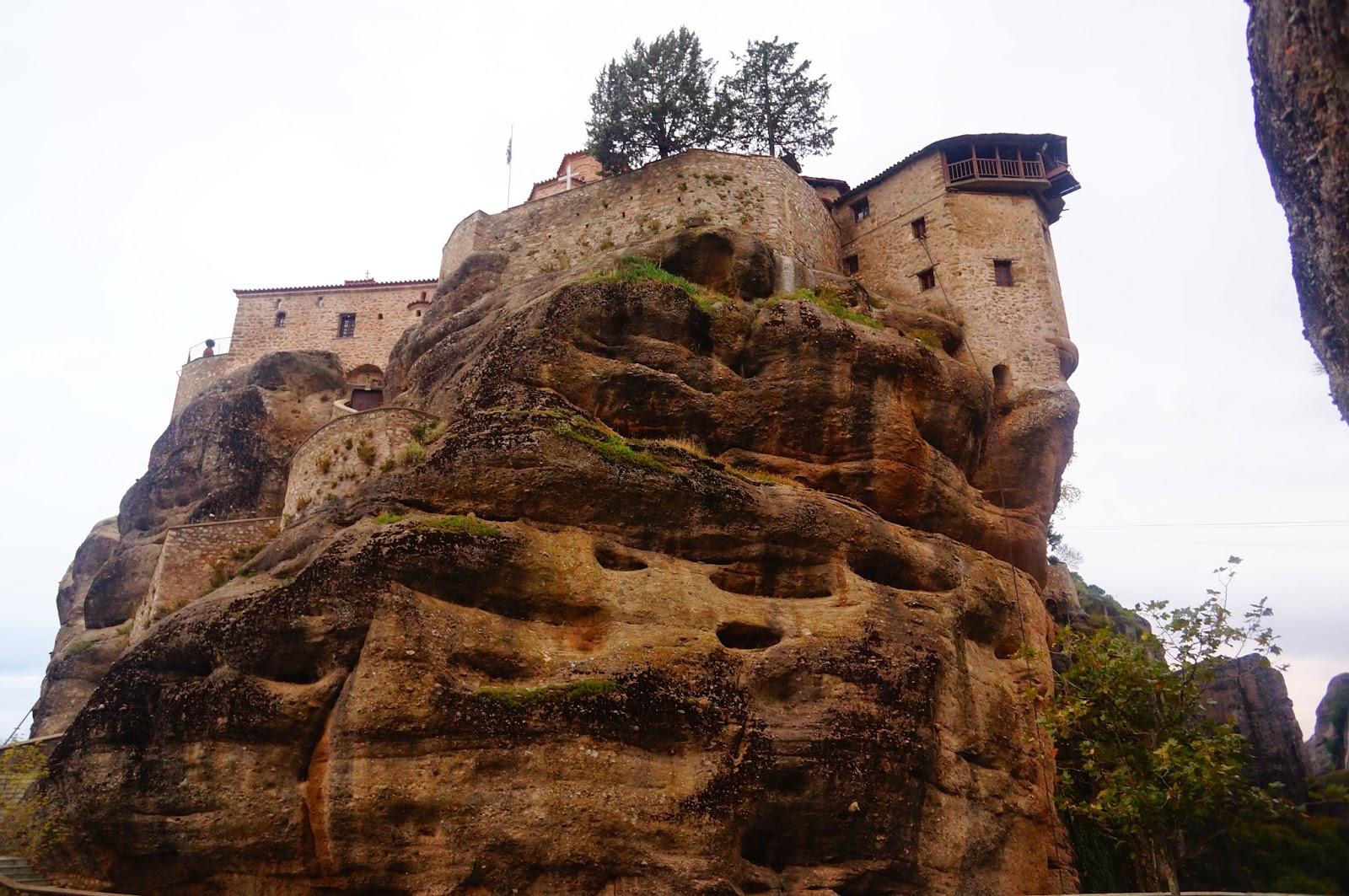 Монастырь-Святого-Варлаама