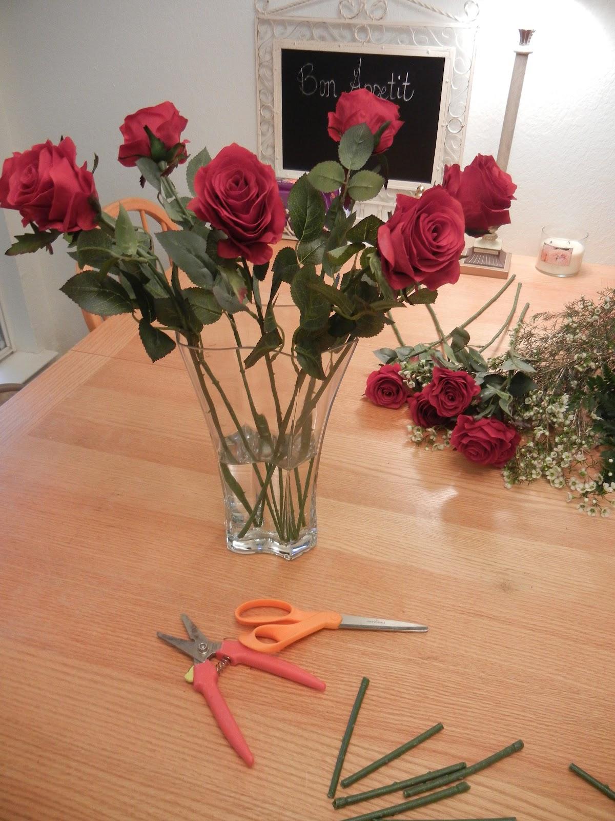 How to Arrange Long Stem Roses