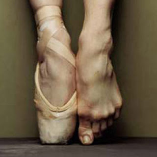 how to stand on toes in ballet