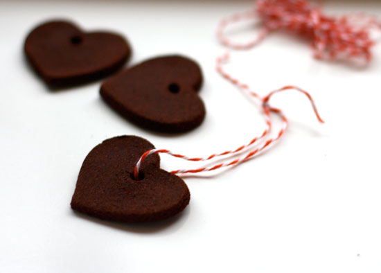 how to make homemade ornaments with cinnamon