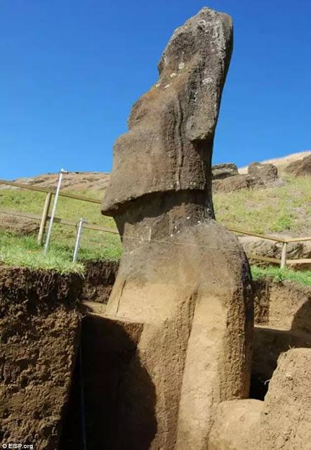 Patung batu neolitikum