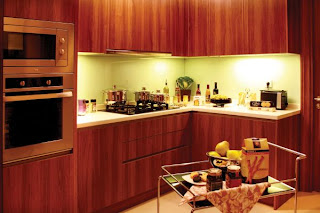 Brown-color-character-apartment-kitchen-design