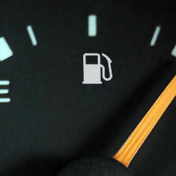 Τέσσερις απλές συμβουλές για να κάνετε οικονομία στη βενζίνη...
