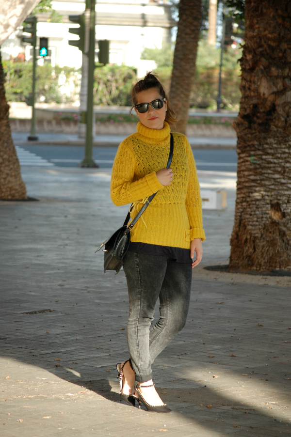look_outfit_jersey_amarillo_mostaza_guess_nudelolablog_03