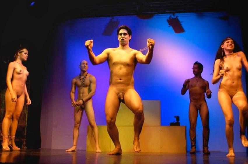 видео онлайн бесплатно без регистрации голые в театре