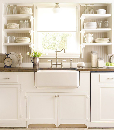 Belle maison in the kitchen open shelving vs cabinets for Kitchen cabinets vs drawers