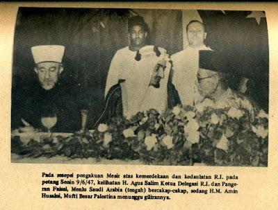 Muhammad Natsir bersama Syekh Amin Husaini Palestina