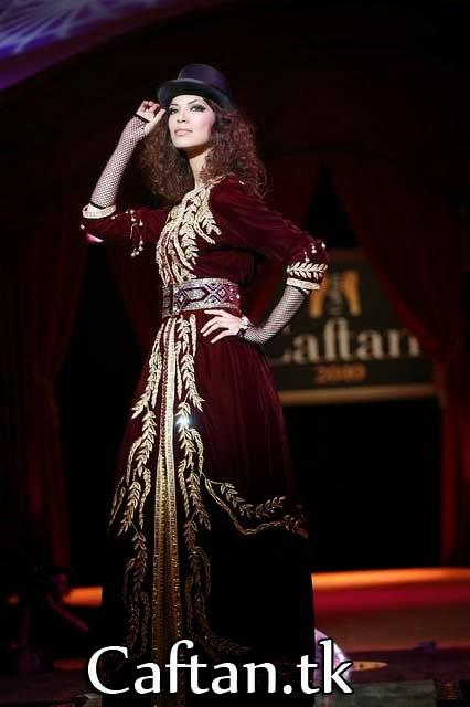 robe-kaftan-marocaine-grenat
