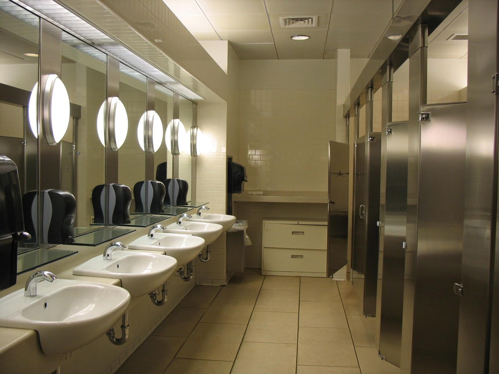 Qual a diferença entre bathroom restroom e toilet? Inglês Para  #5C4E31 1600 1200