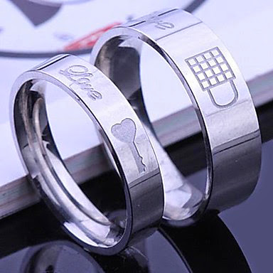 jewelry; wedding jewelry; wedding fashion; wedding accessories; wedding ring; wedding ring couple; wedding ring designs; wedding rings; wedding ring ideas; wedding ring couple ideas; wedding ring couple designs