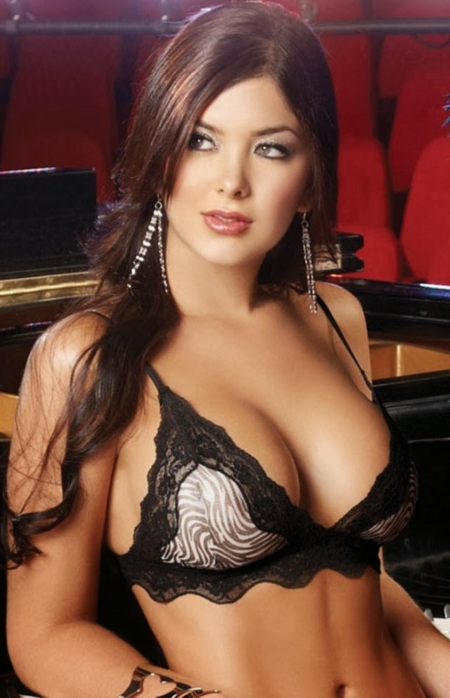 Camila and Mariana Davalos (Colombia) | Hot and Beautiful Women of the ...