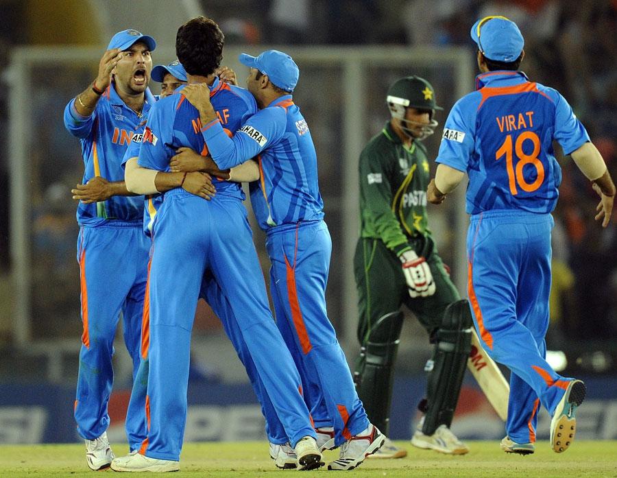 http://2.bp.blogspot.com/-yDitdLES9Yk/TZNqISuJFEI/AAAAAAAACyw/SmiGyV-WgnA/s1600/fall-of-pakistan-wickets-semifinal%25289%2529.jpg