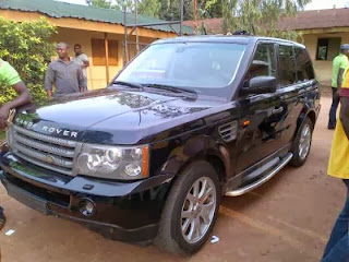 Fuji music Star  Alabi Pasuma buys a N21m Range Rover Car!