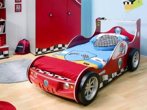 Fotos de dormitorios con camas coche colores en casa - Cama coche infantil ...