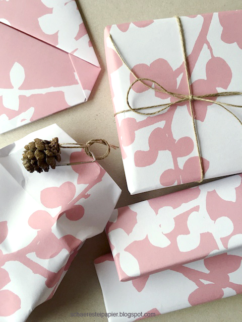 schaeresteipapier geschenkpapier selber ausgedruckt. Black Bedroom Furniture Sets. Home Design Ideas