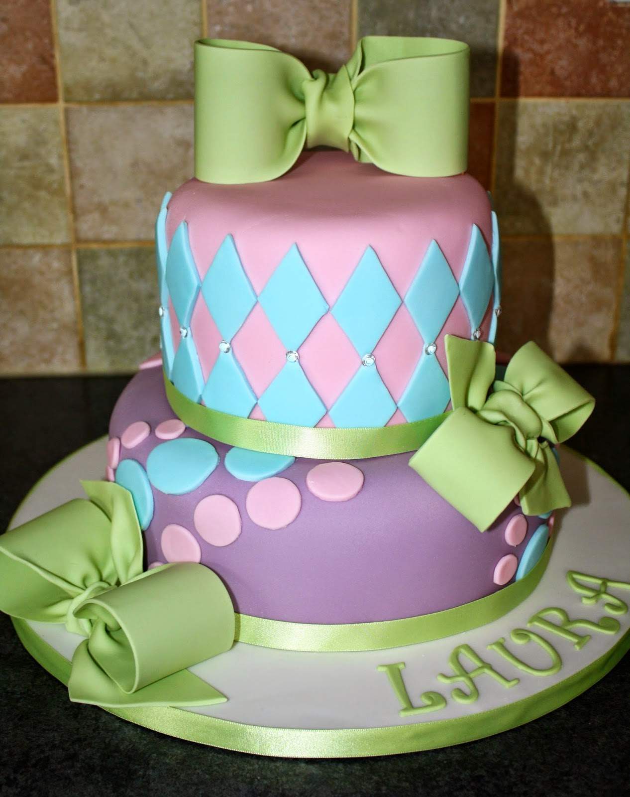 Tallulahs bakery a pretty pastel 40th birthday cake laura wanted something like this from designer cakes by april but in only 2 tiers sciox Gallery