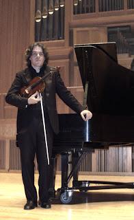 broad way andrea cardinale violino virtuoso 24 capricci paganini violinista salotto rosso cd dvd