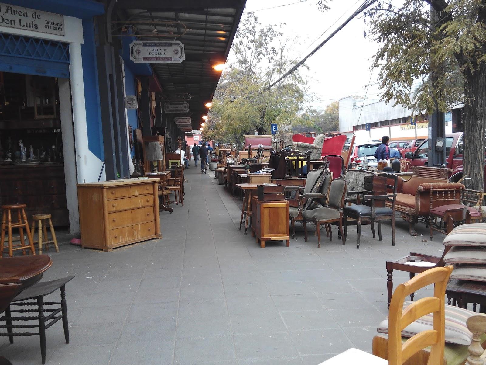 Curioseandando paseos por santiago de chile universidad - Muebles martin los barrios ...