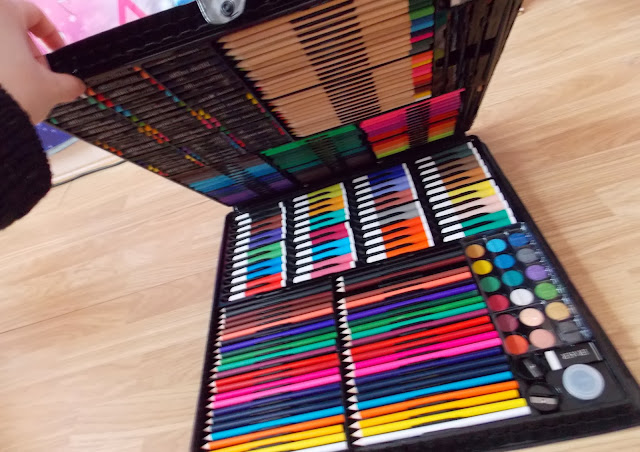 childrens mega art set cheap art supplies