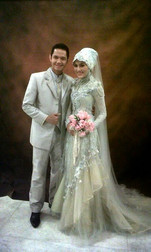 Alyssa Sangat Cantik & Dude Tampan, Pernikahan Impian