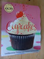 http://cecilecupcakecafe.blogspot.de/2013/07/cupcakes-verfuhrerische-tortchen-zum.html