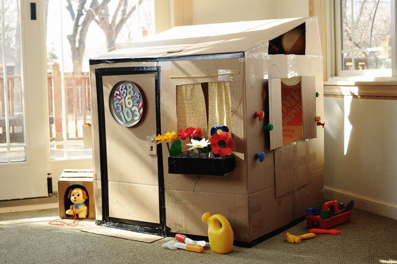 Rust sunshine cardboard playhouse for Diy clubhouse