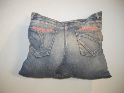 Cool Ways To Reuse Old Denim (30) 14