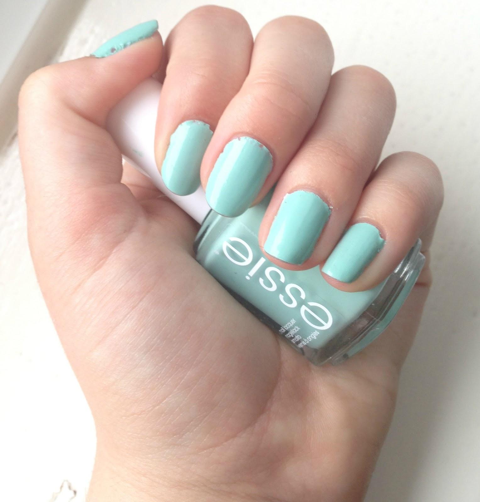 Beauty Devotion: Product Spotlight: Essie\'s Mint Candy Apple Nail Polish