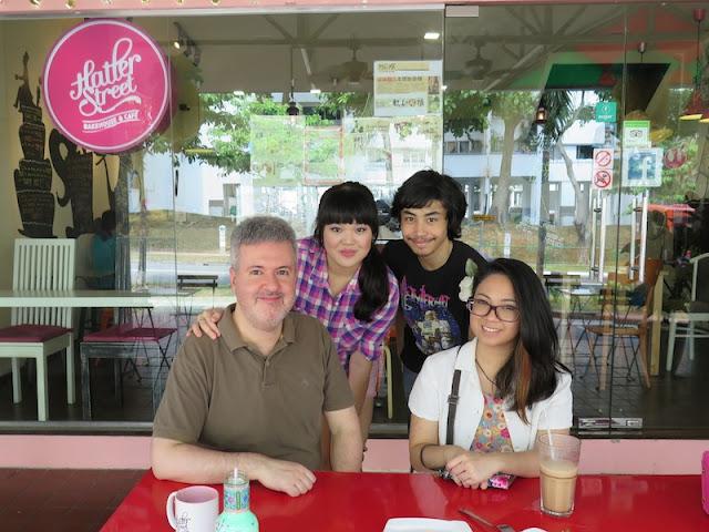 Cafe Trio Hours