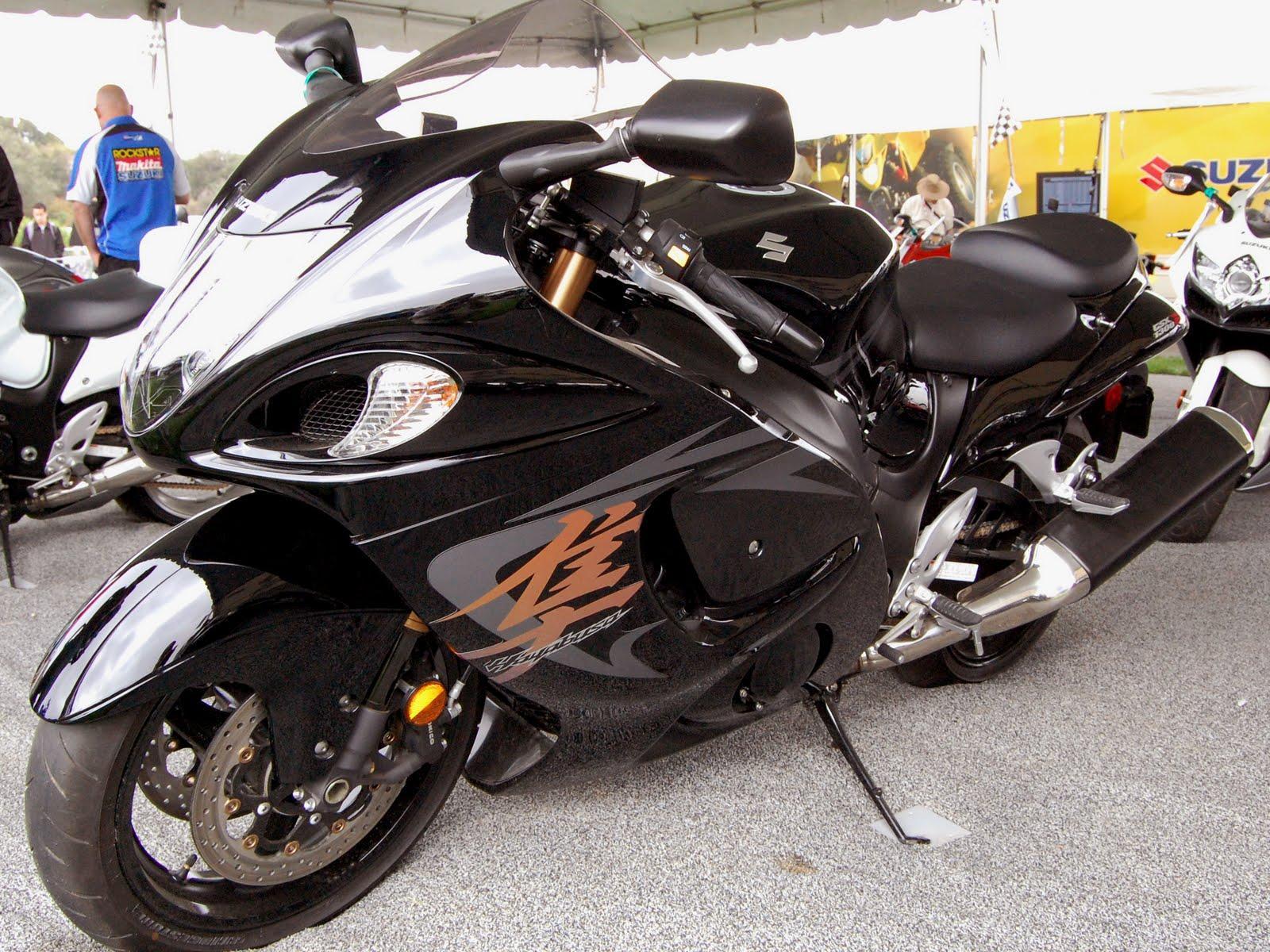 Havey Bikes: Suzuki Hayabusa Black