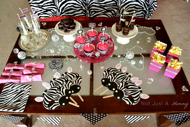 bling baby shower table wide shot