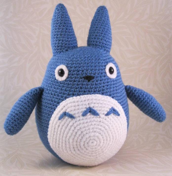 Totoro En Amigurumi : Patrones Amigurumi Gratis: Totoro azul amigurumi - Mi ...