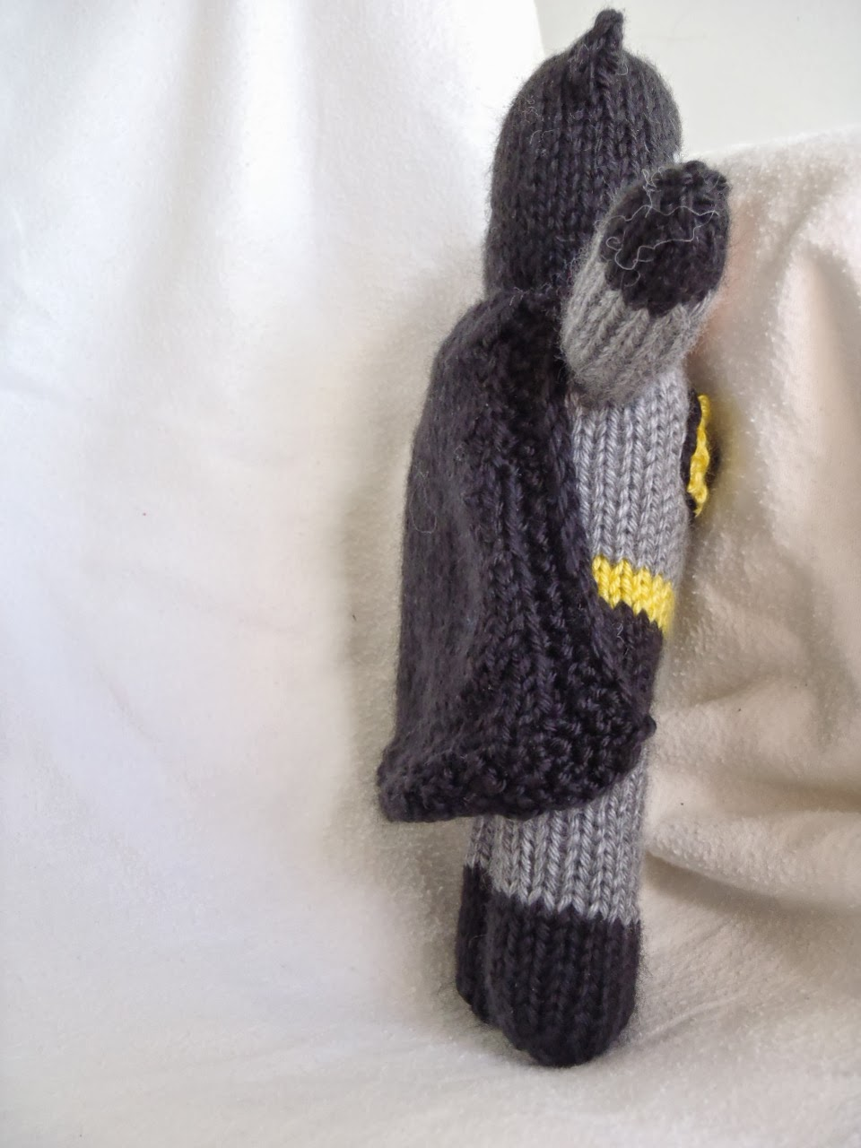 Knitting Pattern Batman Jumper : Stanas Critters Etc.: Knitting Pattern for Batman Toy