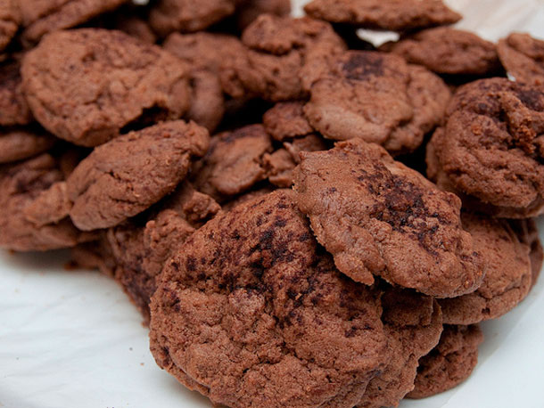CHOCOLATE EGGNOG COOKIES-CHOCOLATE EGGNOG COOKIES