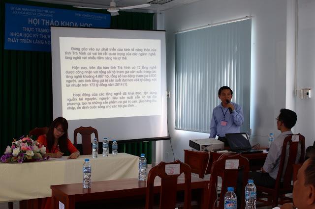 TS,GVC. Nguyễn Chí Tân - Chủ nhiệm đề tài trình bày tham luận tại Hội thảo