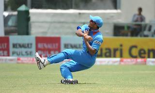 Umesh-Yadav-India-vs-Srilanka-Tri-Series-2013