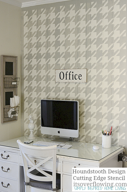 Stenciling-Wall-Houndstooth-ItsOverflowi