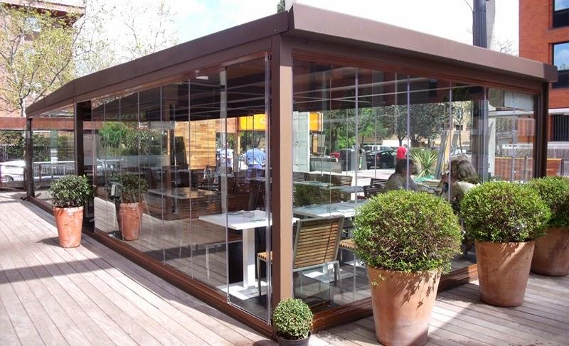 Una cafeter a para todo el a o cerramientos almer a for Acristalamiento de terrazas precios