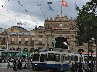 Zurich Bahnhof (railway station)