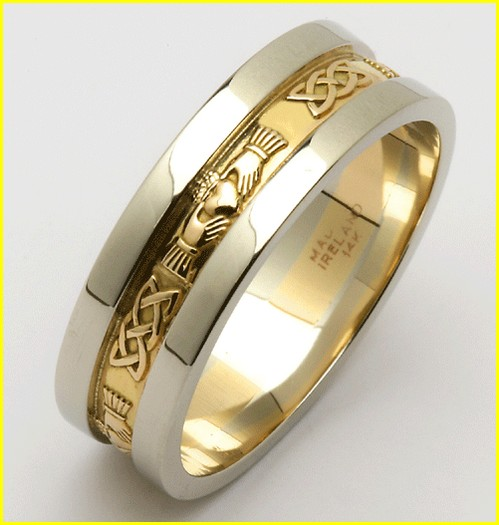 brides wedding ring engravings ideas cost