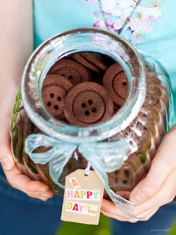 zweimalB :: ein Glas voller Knopfkekse für aprilkind