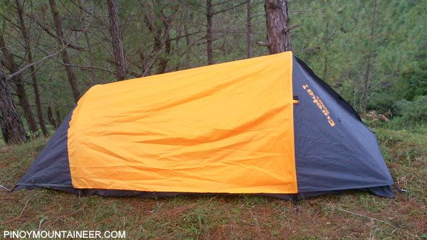 Inside the Eureka was very comfortable even luxurious for me. Length-wise it is 8 feet long which makes it very good for me too! & Gear Review: Eureka! Solitaire Tent (Preliminary) - Pinoy Mountaineer
