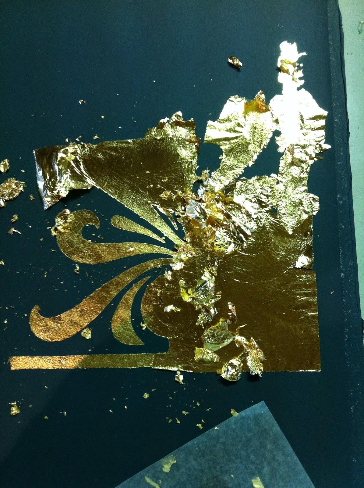 hand_gilded_wallpaper