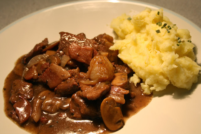 Slowcooker Beef Bourguignon