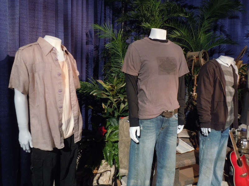 LOST pilot TV costumes